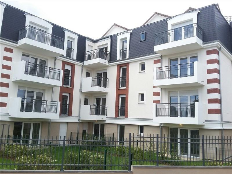 Location appartement Acheres 745€ CC - Photo 1