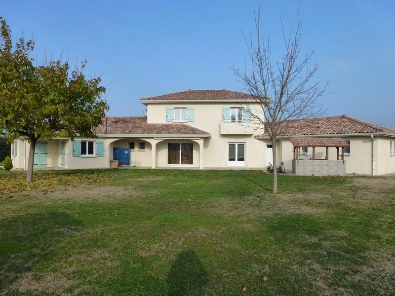 Sale house / villa Lapeyrouse mornay 295000€ - Picture 1