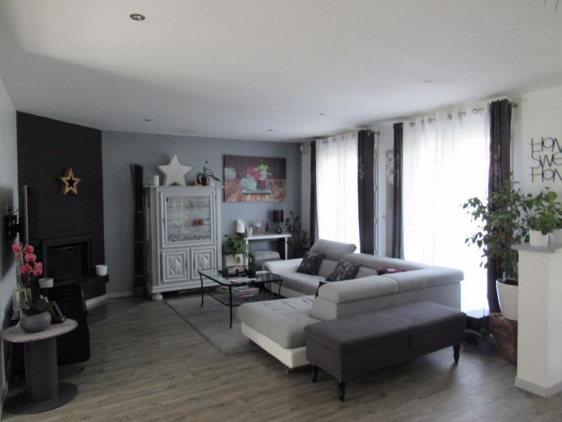 Sale house / villa Lesigny 498000€ - Picture 3