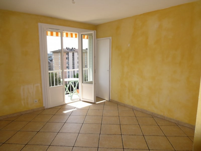 Sale apartment Annecy 238500€ - Picture 1