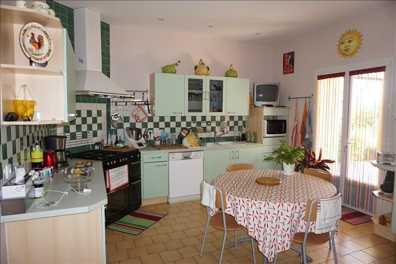 Sale house / villa St andre de cubzac 315000€ - Picture 6