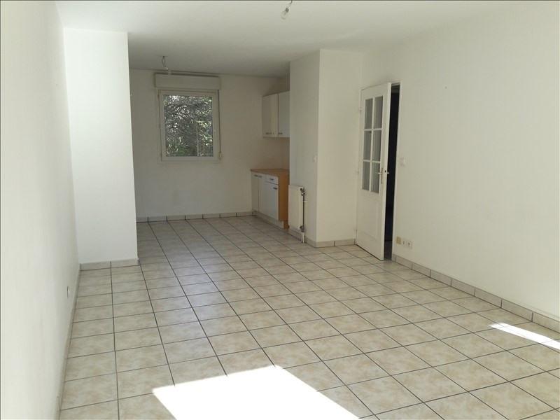 Affitto appartamento Yenne 550€ CC - Fotografia 3