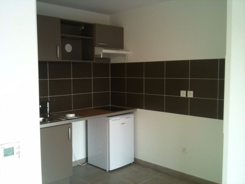 Rental apartment Blagnac 616€ CC - Picture 2