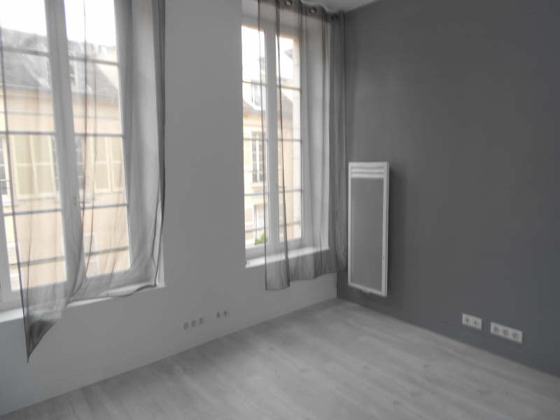 Rental apartment St germain en laye 650€ CC - Picture 2