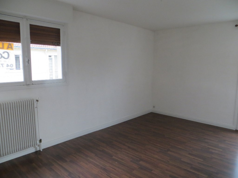 Rental apartment Clermont-ferrand 658€ CC - Picture 3