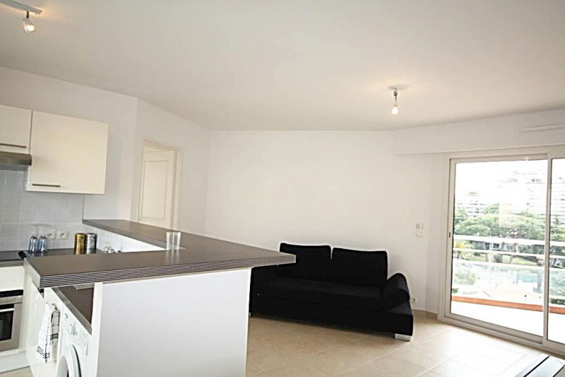 Rental apartment Juan-les-pins 1 290€ CC - Picture 5