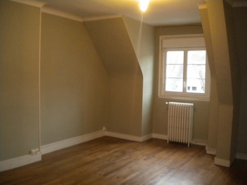 Rental apartment Vendome 472€ CC - Picture 2