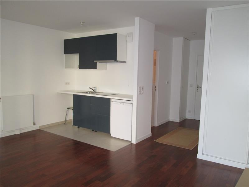 Rental apartment Versailles 832€ CC - Picture 2