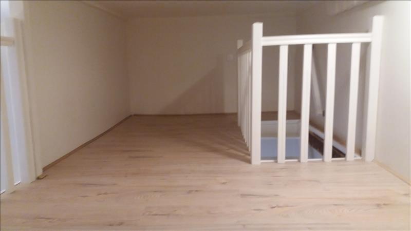 Alquiler  apartamento Paris 18ème 771€ CC - Fotografía 5