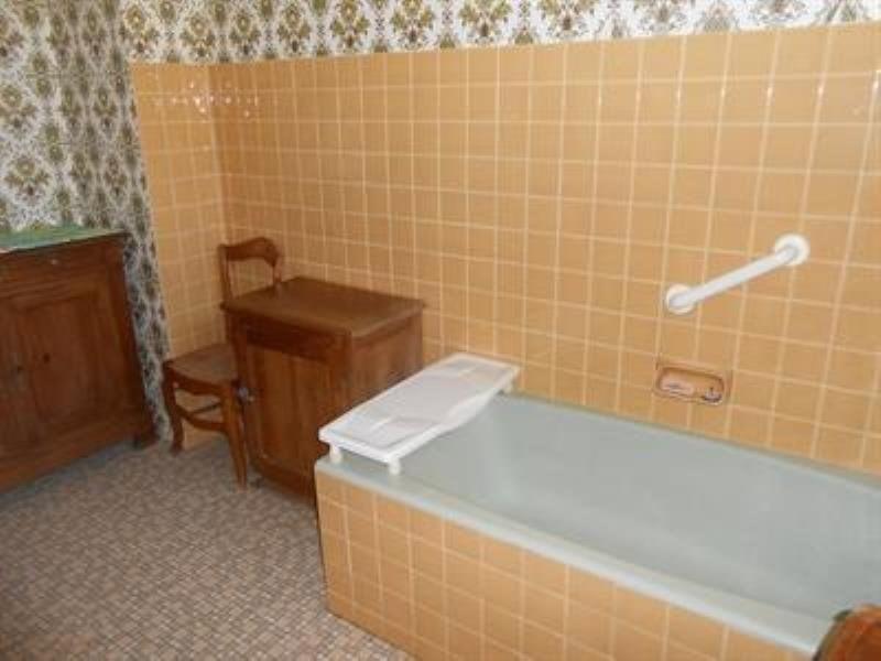 Sale house / villa Orignolles 128400€ - Picture 4