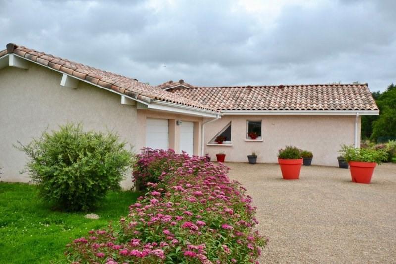 Sale house / villa Paray le monial 340000€ - Picture 2
