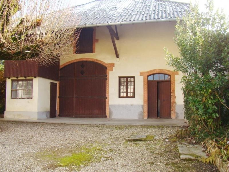 Sale house / villa Les avenieres 290 000€ - Picture 2