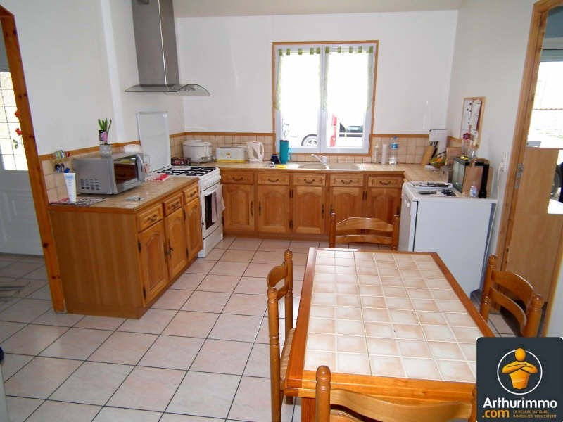 Sale house / villa Matha 179350€ - Picture 2