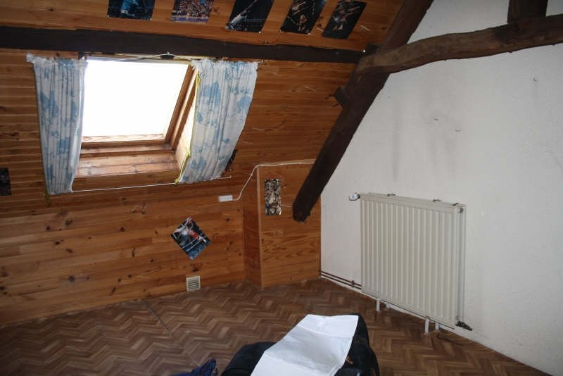 Sale house / villa Bavay 79990€ - Picture 6