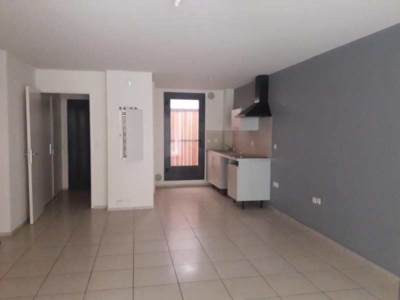 Sale apartment St paul 160 000€ - Picture 2