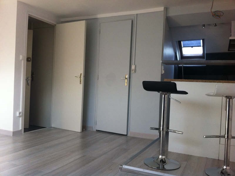 Rental apartment Rouen 420€ CC - Picture 1