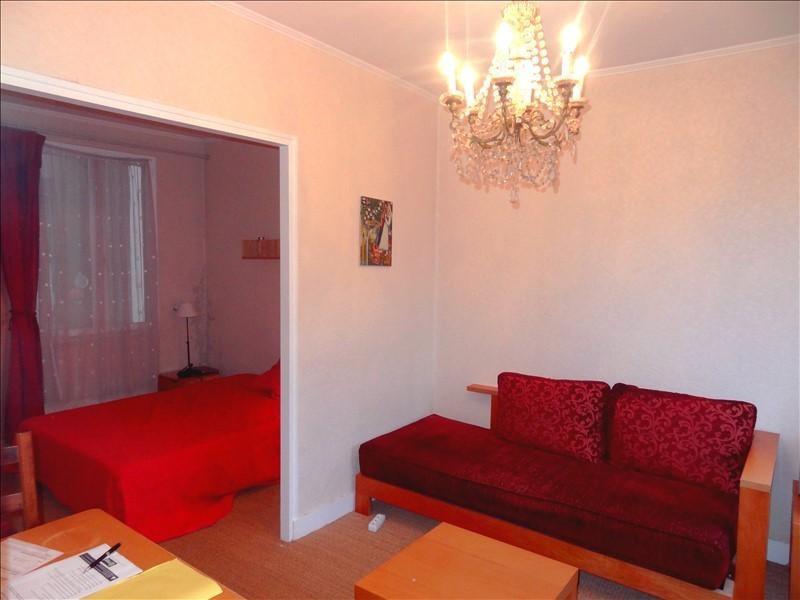 Rental apartment Levallois 890€ CC - Picture 1