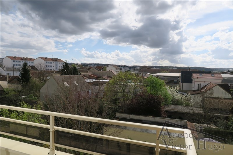 Location appartement Rueil malmaison 985€ CC - Photo 2