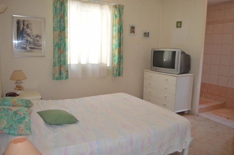 Vente maison / villa Bagnols en foret 421000€ - Photo 7