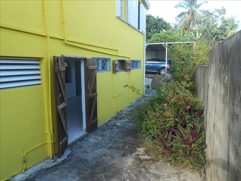 Rental apartment Basse terre 650€cc - Picture 7