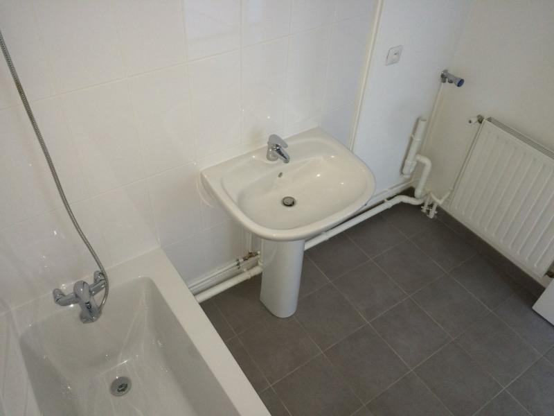Rental apartment Taverny 982€ CC - Picture 9