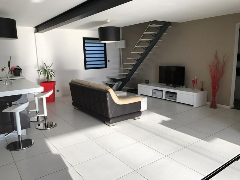 Deluxe sale house / villa St gilles les bains 880000€ - Picture 2