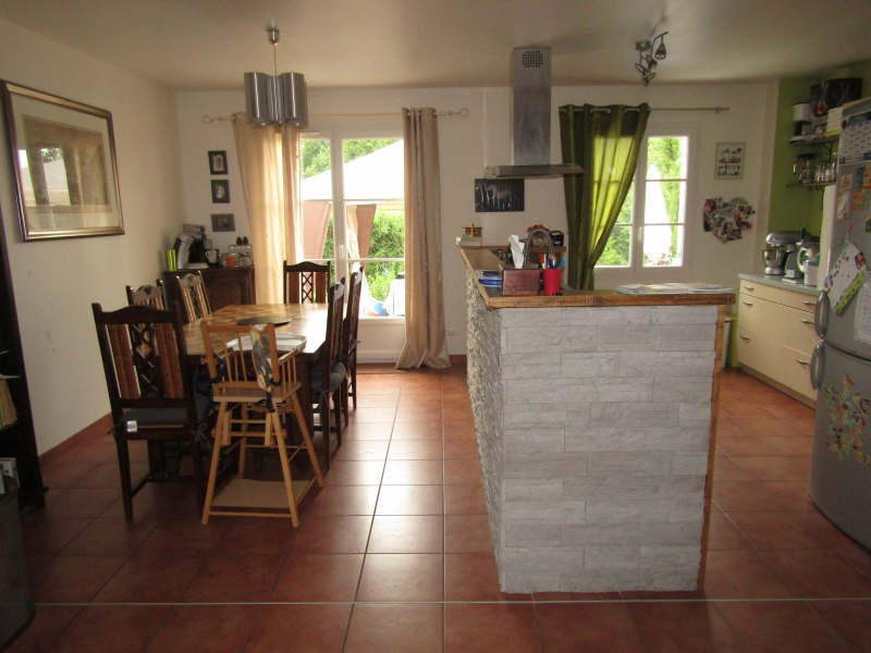 Sale house / villa Henonville 242 200€ - Picture 4