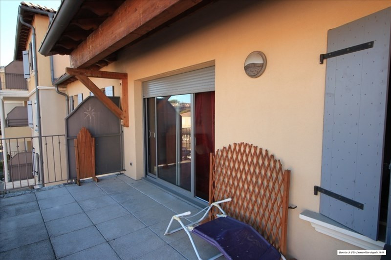 Verkoop  appartement Uzes 170000€ - Foto 1