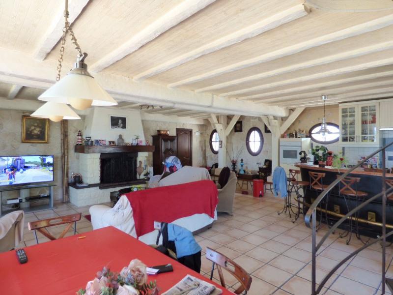 Sale house / villa Les andelys 299000€ - Picture 3