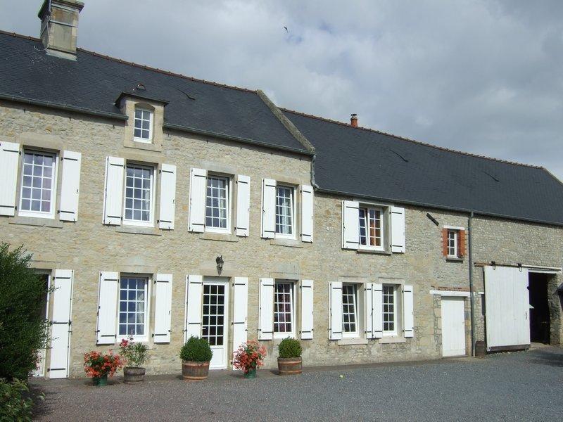 Vente maison / villa St germain du pert 279000€ - Photo 1