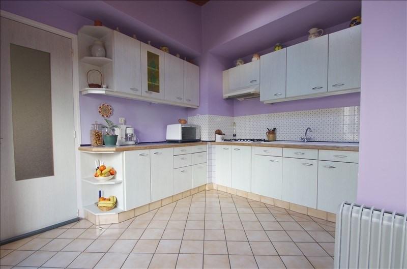 Sale house / villa Surgeres 258000€ - Picture 5