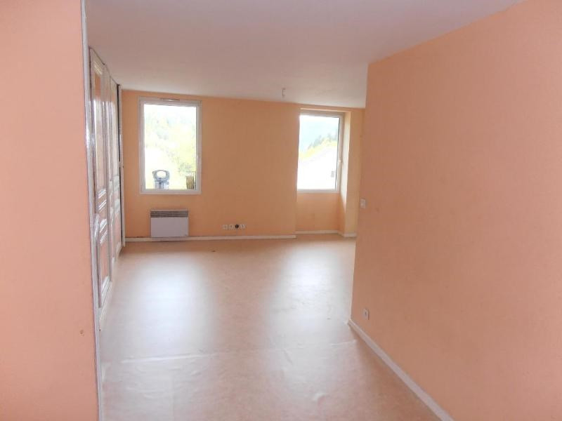 Location appartement St germain de joux 362€ CC - Photo 2