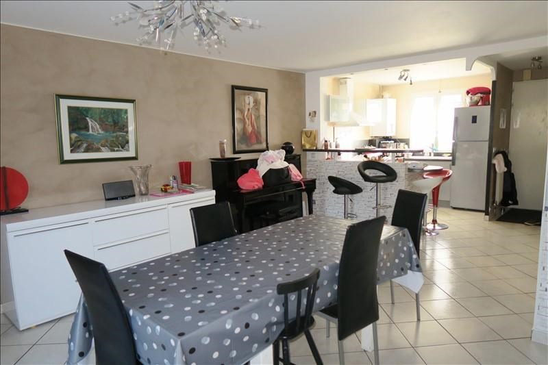 Sale house / villa Savigny le temple 217000€ - Picture 2
