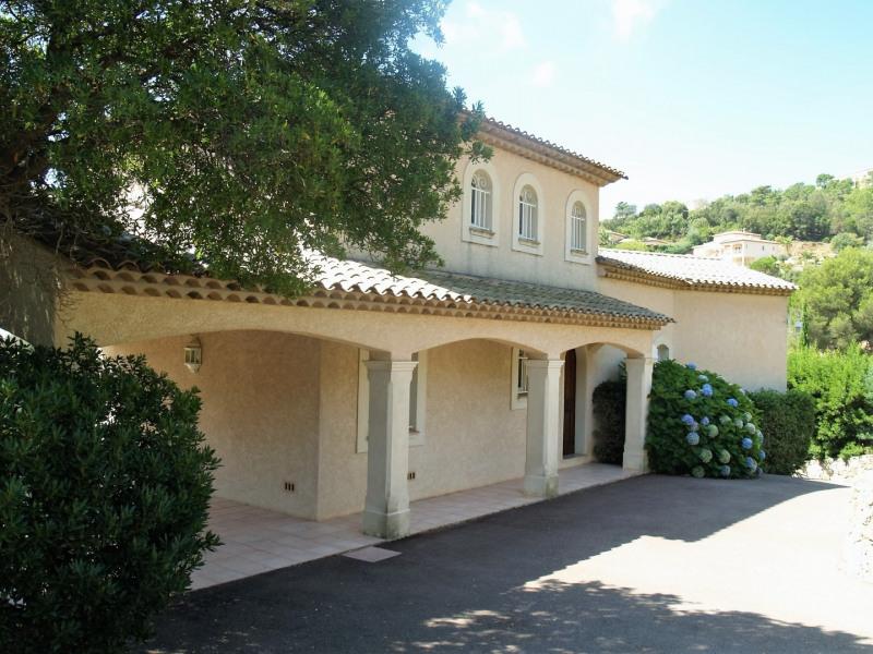 Sale house / villa Les issambres 850000€ - Picture 1