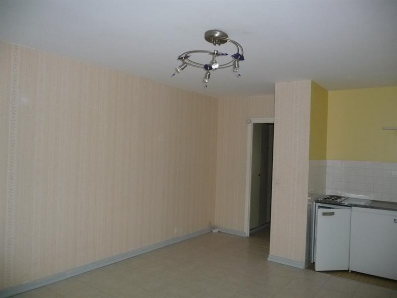 Locação apartamento Jacob bellecombette 402€ CC - Fotografia 4