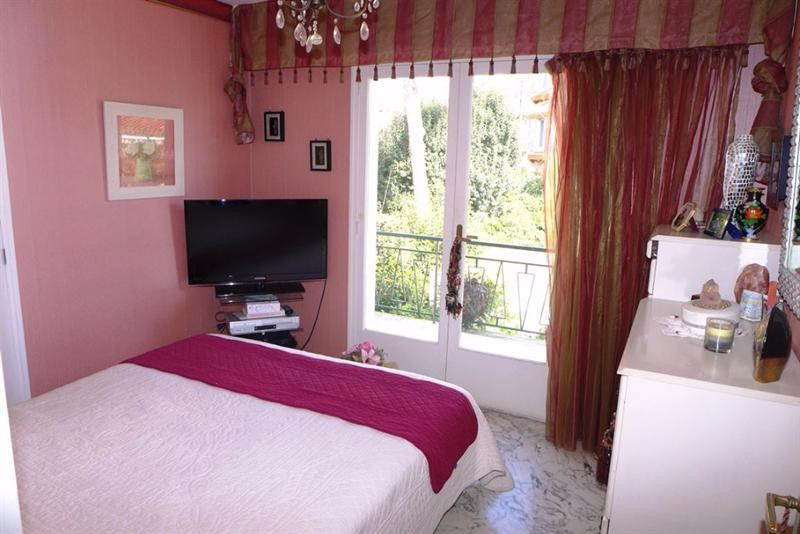 Sale building Juan les pins 975 000€ - Picture 5