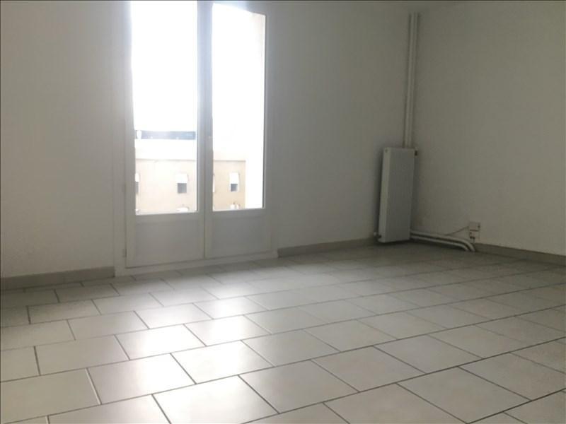 Sale apartment Toulon 107000€ - Picture 1