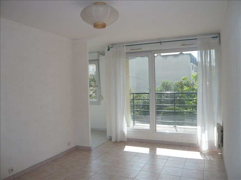 Location appartement Noisy le grand 796€ CC - Photo 1