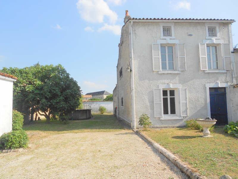Sale house / villa Aigre 129000€ - Picture 1