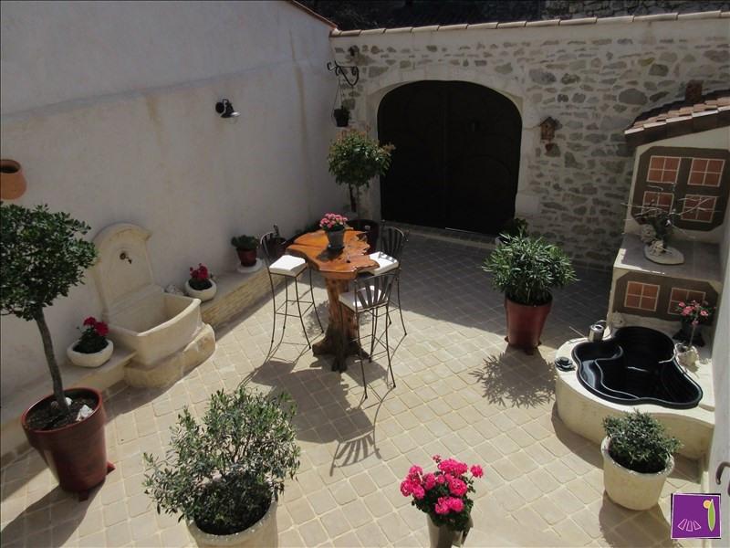 Vente maison / villa Uzes 304000€ - Photo 3
