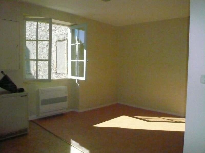 Location appartement Nimes 782€ CC - Photo 3