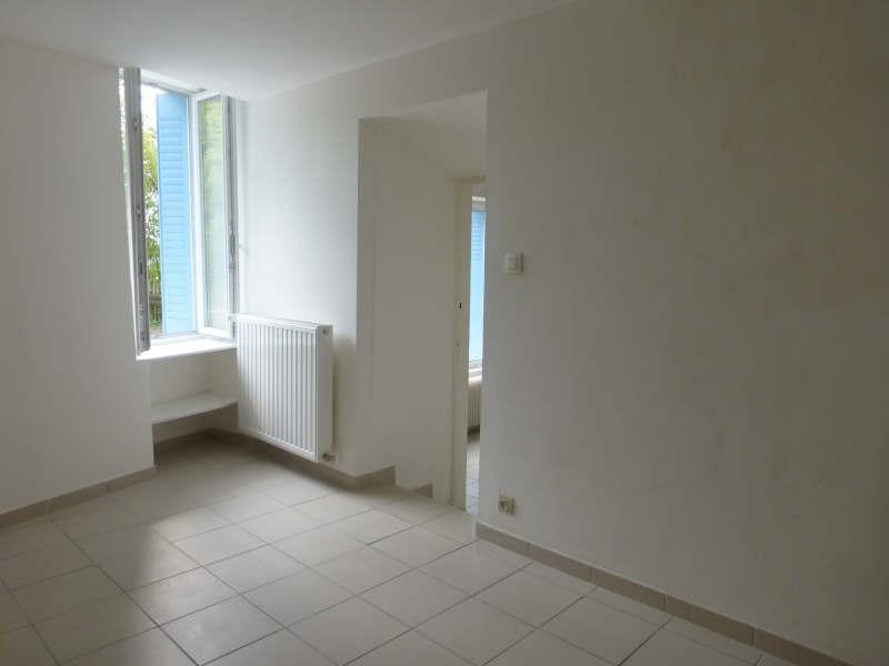 Rental apartment Voiron 438€ CC - Picture 2