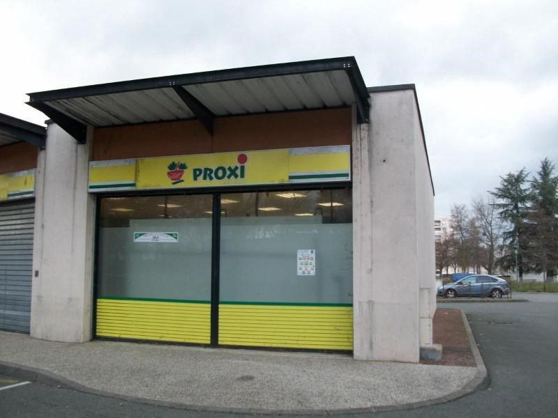 Vente local commercial Roanne 99 500€ - Photo 2