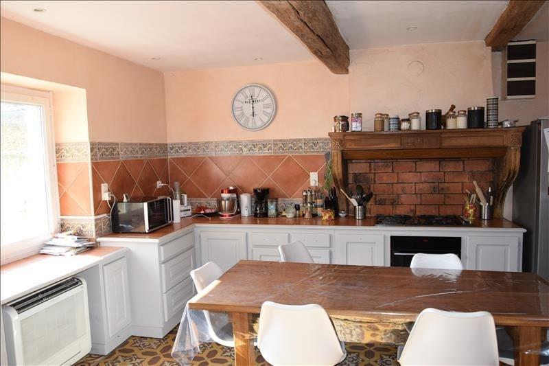 Sale house / villa Pommiers 270000€ - Picture 2