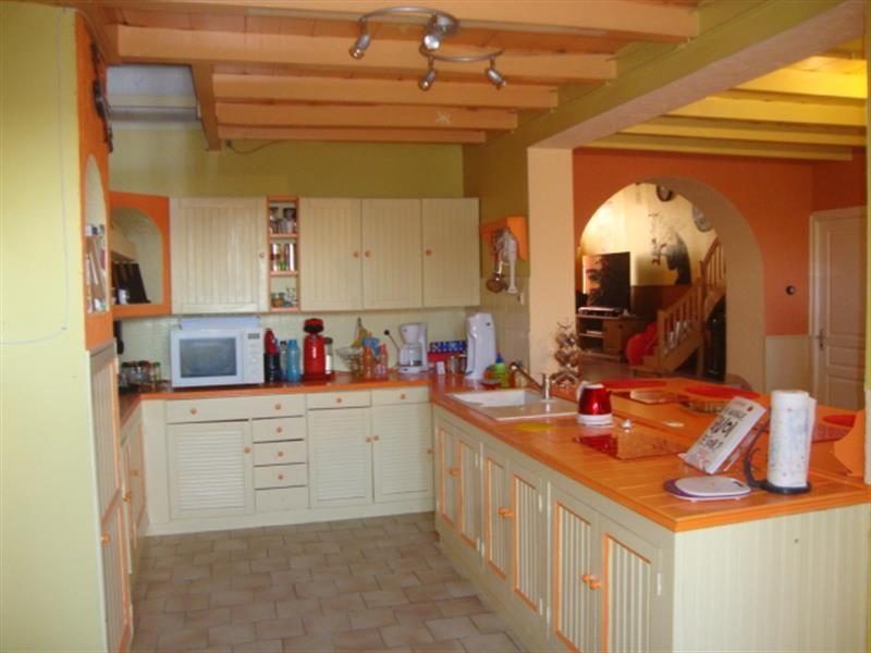 Sale house / villa Tonnay-boutonne 143700€ - Picture 3