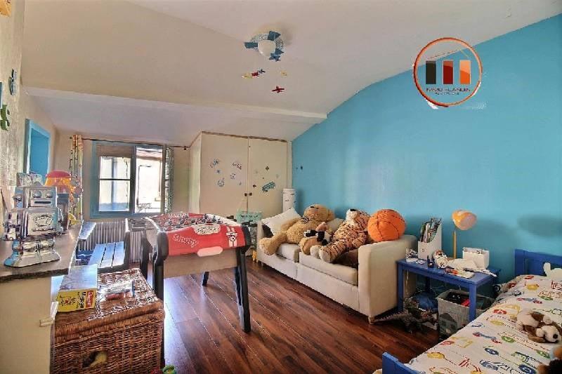 Sale house / villa St genis laval 315000€ - Picture 5
