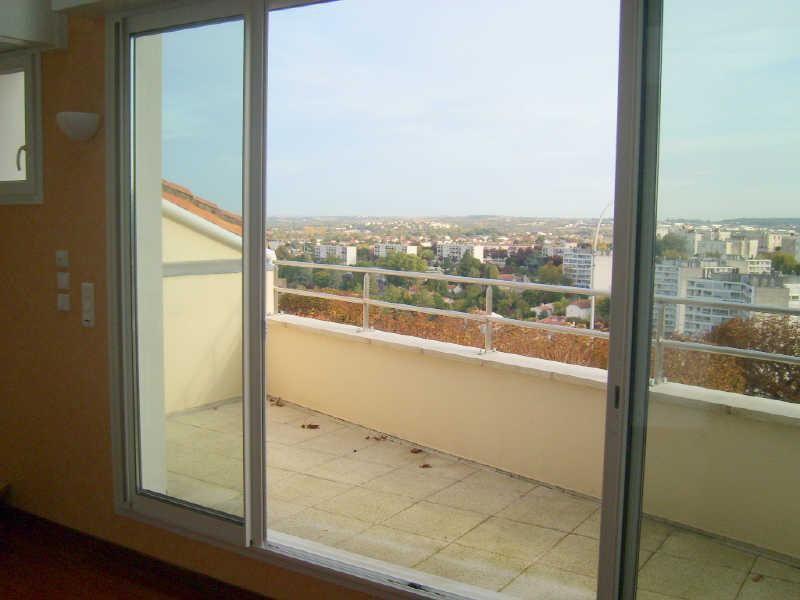 Vente appartement Angoulême 111101€ - Photo 7