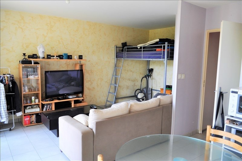 Investment property apartment Mery 100 000€ - Picture 2