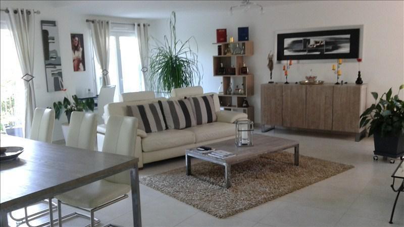 Sale apartment Royan 471000€ - Picture 2