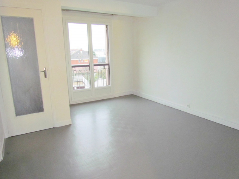 Rental apartment Champigny sur marne 609€ CC - Picture 1